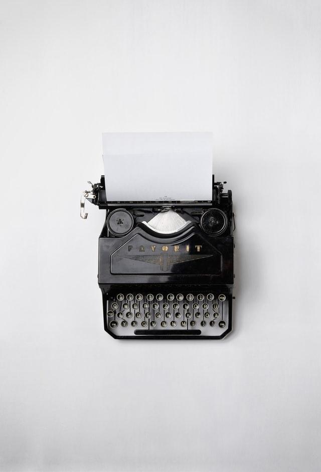 Machine à écrire du contenu